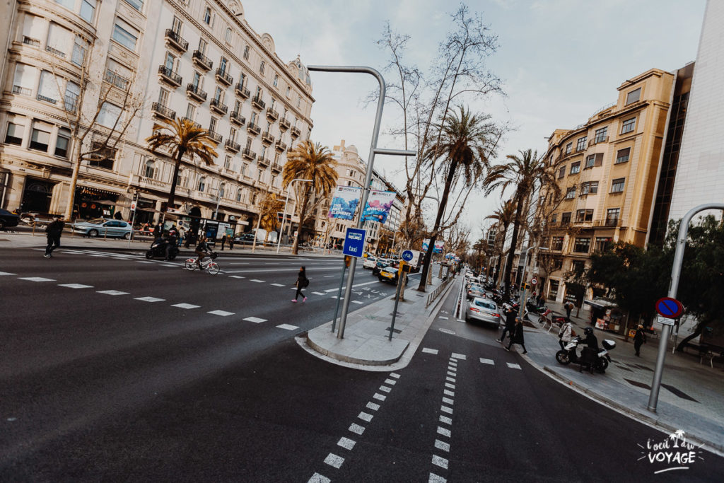 bus touristique barcelone, grand voyageur, week end a barcelone