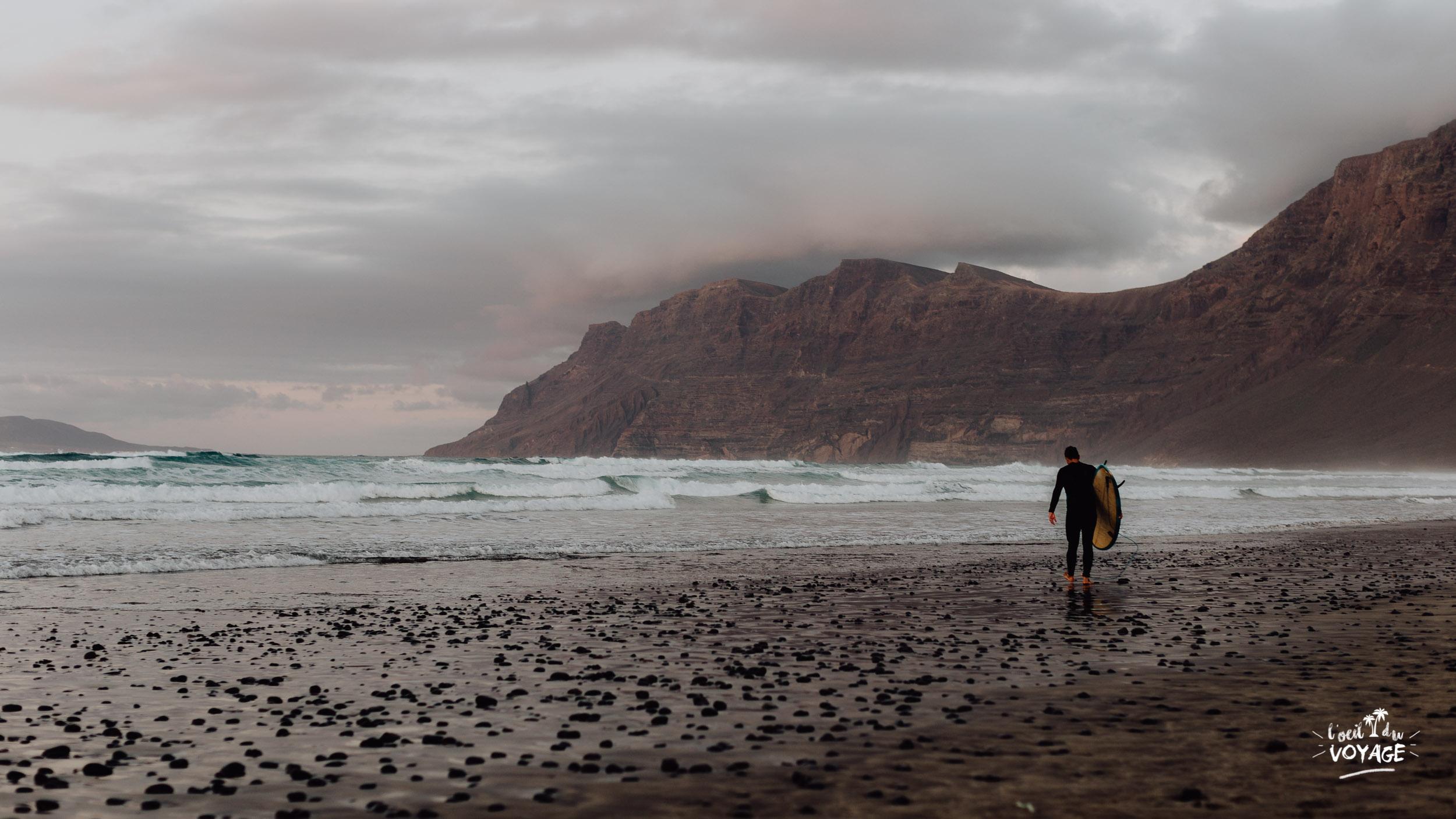 plage surf Lanzarote. destination Lanzarote, voyage aux îles Canaries, blog voyage Lanzarote